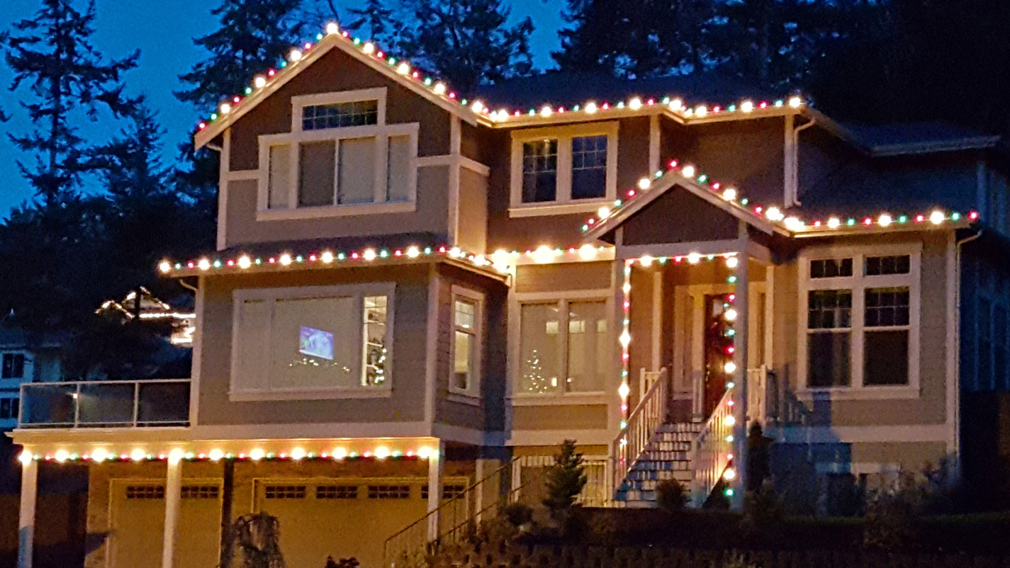Holiday Light Installation Tacoma Clean Amp Clear Windows